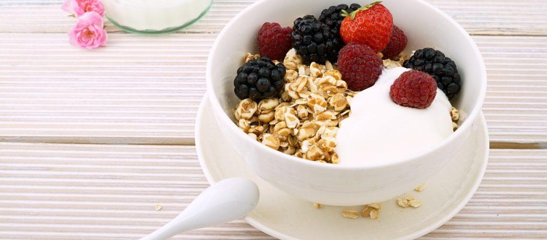 Snídaně z ovesných vloček na dva způsoby